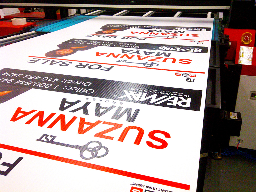 Stack of Full Color Coroplast Signs